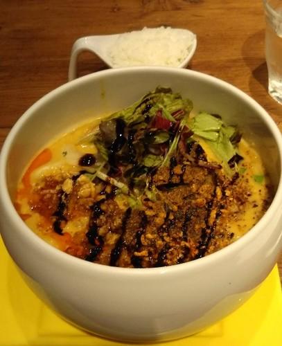 20181022 TANTAN麺ヘーゼルナッツ風味@蔭山楼.jpg
